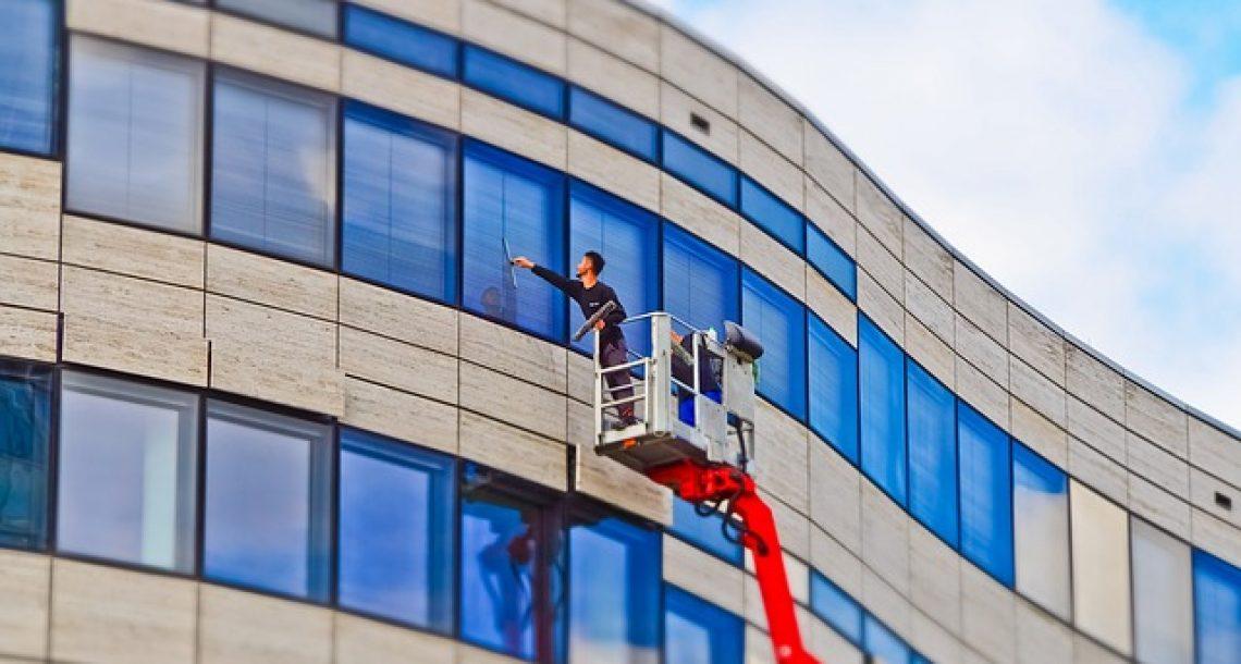 מה לבדוק לפני שחותמים חוזה עם חברת ניהול ואחזקת מבנים?